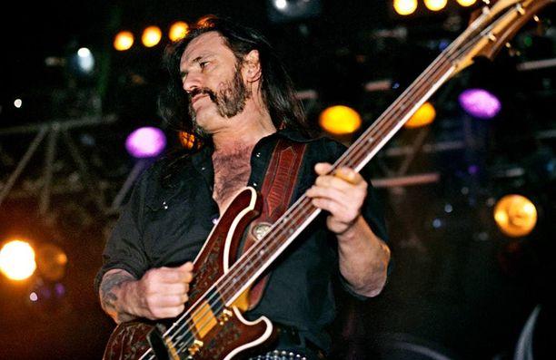 15 vuotta sitten Lemmy Kilmester rokkasi Pakkahuoneella.
