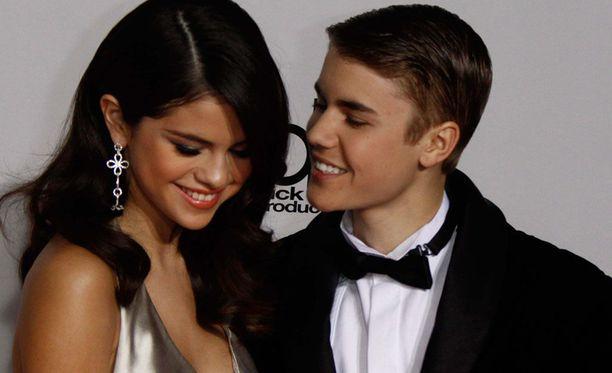 Selena Gomez ja Justin Bieber palasivat yhteen viime vuonna. Pariskunta seurusteli ensimmäisen kerran vuosina 2010-2012.