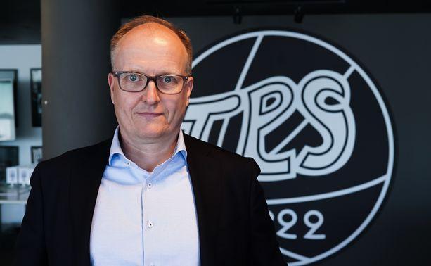 Kai Koskinen siirtyy TPS:n puheenjohtajaksi.