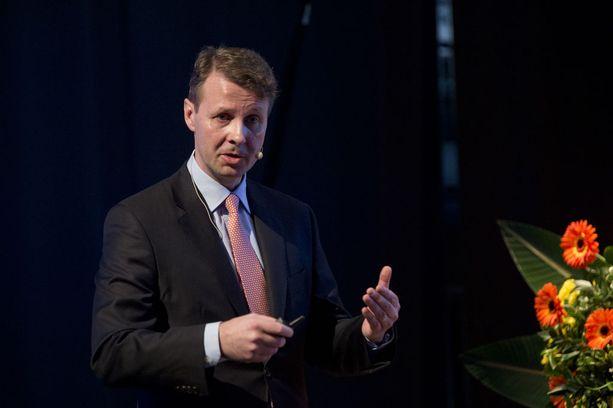 Nokian hallituksen puheenjohtaja Risto Siilasmaa on tehnyt 2010-luvulla kaksi Nokian lähihistorian suurinta yrityskauppaa: Nokian matkapuhelinten myynnin sekä fuusion ranskalaisen Alcatel-Lucentin kanssa.