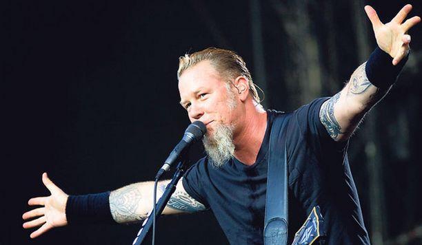 SUPERYHTYE. Metallica tekee Suomessa harvinaisen festivaalikonsertin. Edellisen kerran bändi on esiintynyt Suomessa festivaaleilla 1999.