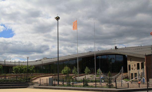 Espoolaisen Saunalahden koulun rehtori sai potkut.