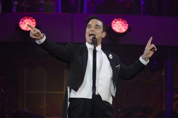Take That -poikabändistä tunnettu laulaja konsertoi Suomessa vuonna 2014.
