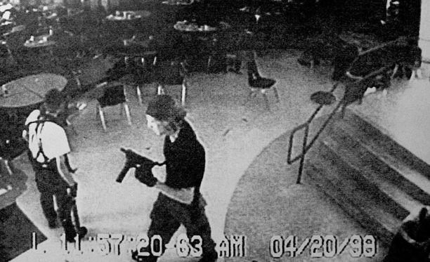 """Columbinen massamurhaajat olivat tavoittelemassa """"USA:n suurinta uhrimäärää""""."""