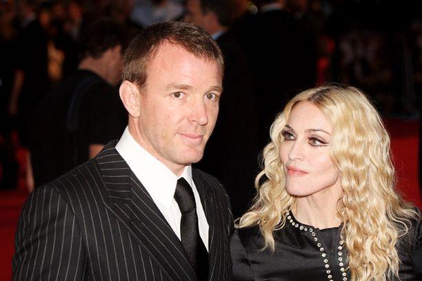 Guy pitää pikaseksistä, mutta mitähän mieltä on Madonna?