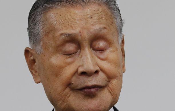Yoshiro Mori on eroamassa