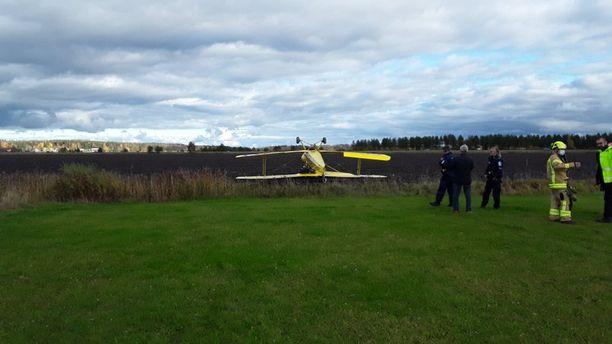 Pienlentokone oli onnettomuudessa Nurmijärvellä.