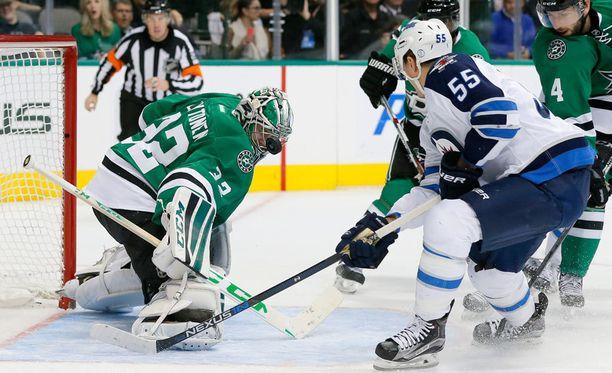 Kari Lehtonen pysäytti Winnipegin viime yönä.