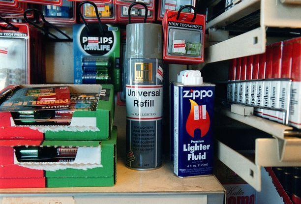 Myydyn kaasupullon ei katsottu olevan tupakointiväline. Kuvituskuva.