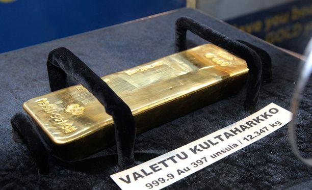 Kultaharkkojen arvon uskotaan säilyvän valuutoiden arvoja paremmin. Kuva Helsingin sijoitusmessuilta.