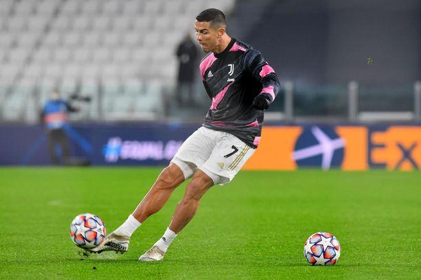 Cristiano Ronaldon yhteistyökuviot Instagramissa ovat tuoneet lisäpainoa portugalilaisen lompakkoon.