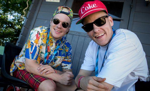 VilleGalle ja Jare Ruisrockin backstagella perjantaina.