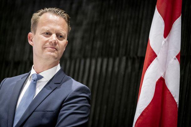 Tanskan ulkoministeri Jeppe Kofod ylisti suomalaisfaneja.
