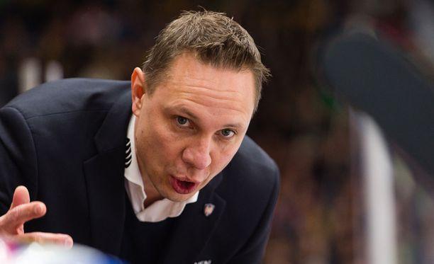 Jussi Tapola johti Tapparan välieriin. Vastaan asettuu HIFK.