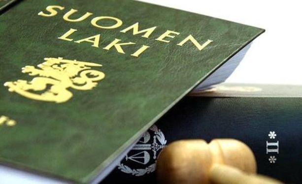Väärin on toimittu, mutta kukaan ei enää ole siitä vastuussa, Pohjois-Savon käräjäoikeus tiivistetysti päätti virkarikosjutussa keskiviikkona.