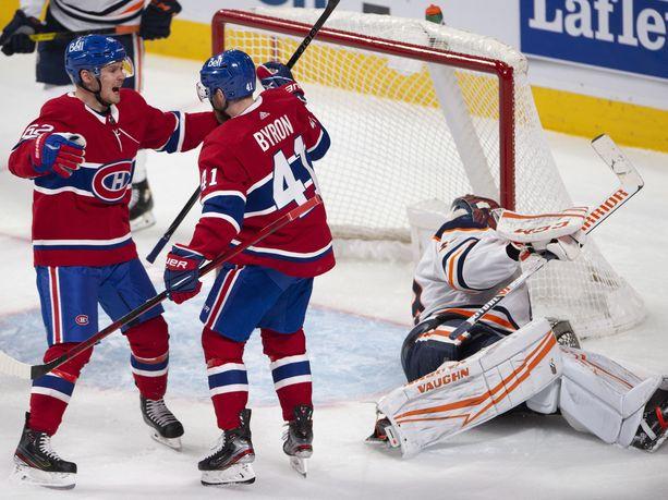 Artturi Lehkonen ja Paul Byron juhlivat Canadiensin toista maalia.