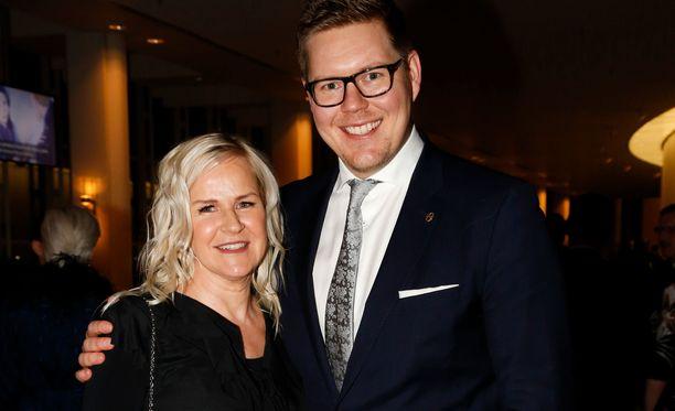 Antti Lindtman tapasi Kaija Stormbomin juhlissa ollessaan 22-vuotias.