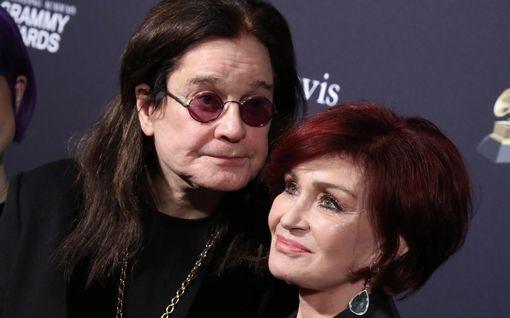 Ozzy Osbournen terveysvaikeudet jatkuvat: joutuu isoon leikkaukseen