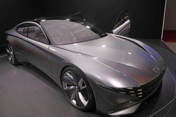 Tätä keulan ilmettä kannattaa katsoa parikin kertaa: siinä on tulevien Hyundai-mallien DNA:ta.