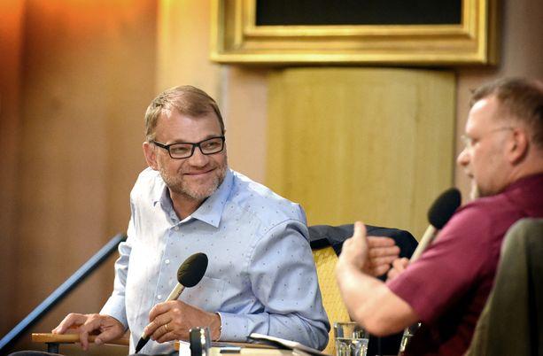 Pääministeri Juha Sipilä iloitsi onnistuneesta presidenttien tapaamisesta Porin Suomi-areenassa.