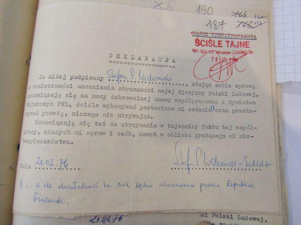 Sitoumus, jonka Stefan Widomski teki Puolan kommunistisen tiedustelupalvelun kanssa.