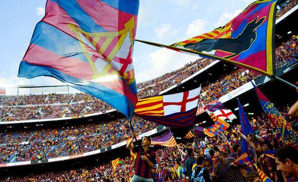 Alle vuoden ikäinen lapsi ei päässyt Barcelonan ja Athletico Bilbaon väliseen Super Cupin otteluun ilman lippua.
