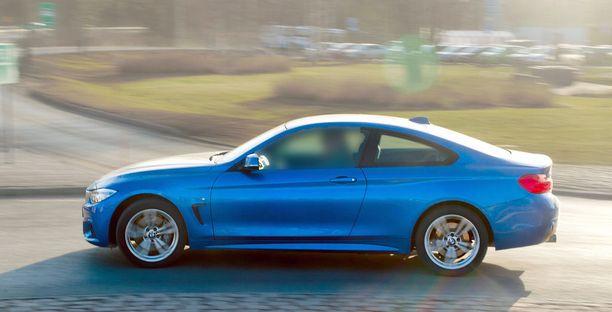 BMW:llä ajettiin eniten ylinopeuksia suhteessa autojen määrään.