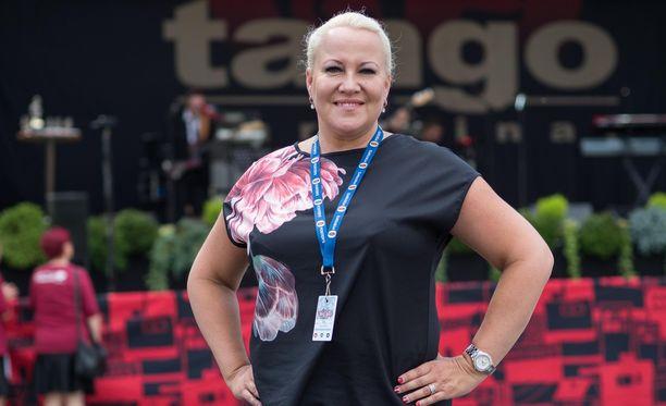 Taina Kokkonen valitsi laulajauran sijasta ammatin luokanopettajana.