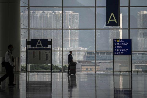 Hongkongin kansainvälisellä kentällä on hiljaista.