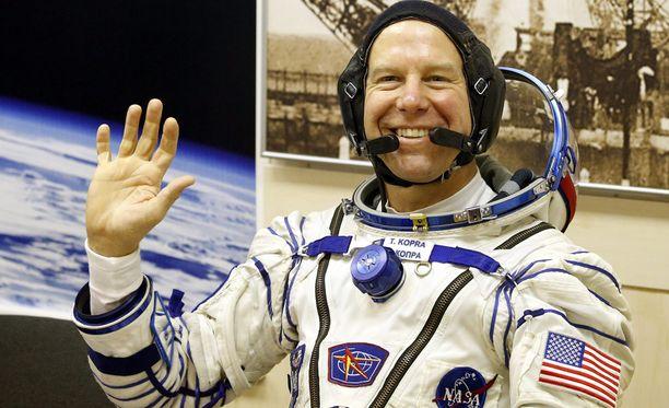 Timothy Kopra viettää ISS:llä liki puoli vuotta.