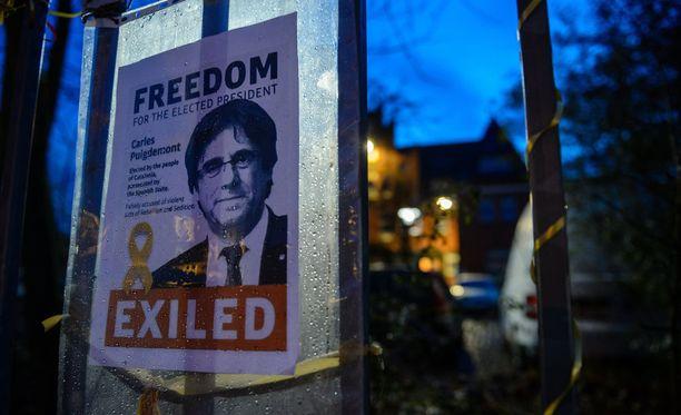 Saksan poliisi otti Puigdemontin kiinni maaliskuun 25. päivänä, kun hän ylitti rajan Tanskasta Saksaan.