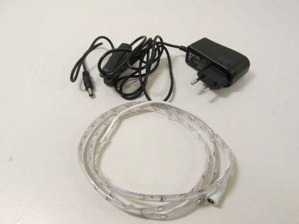 Valonauha, LED Tuotenimi: HQ Malli: LR-BOX01 Tekniset arvot: DS-2,4W, 100-240V, 50Hz / 12V, 1A max, class II/III, IP20 Vaaran laji: Sähköisku