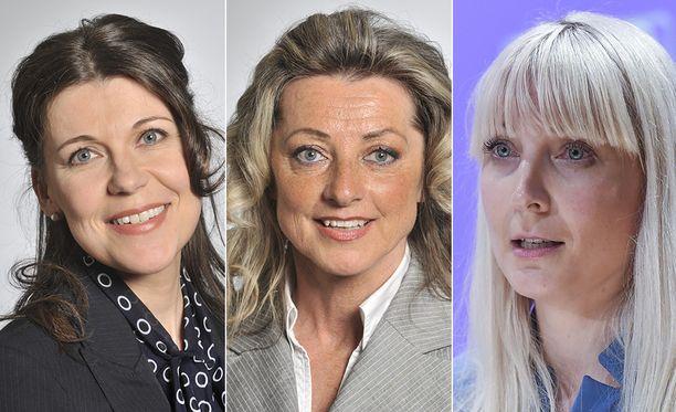 Kansanedustajat Arja Juvonen, Ritva Elomaa ja Laura Huhtasaari ihmettelevät, onko miespoliitikoilla eri säännöt.