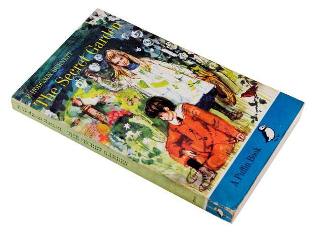 Kaunis kirja löysi takaisin omistajalleen monen mutkan kautta.