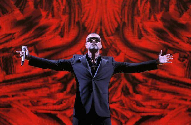 George Michael keikkaili viimeisinä vuosinaankin, vaikka huuippuvuodet ajoittuivat 1980- ja 1990-luvuille. Kuva vuodelta 2012.