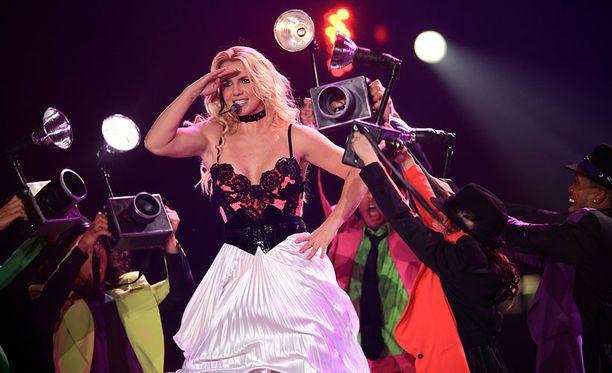 Britneyn Femme Fatale -konsertti nähdään huomenna Helsingissä.