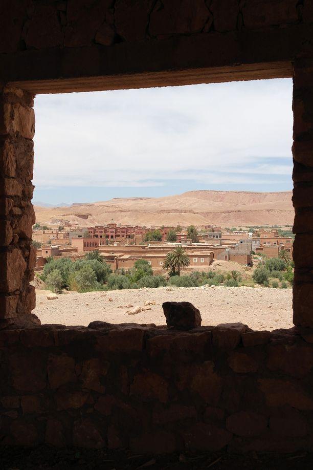 Quarzazatessa häikäisevät elokuvista tutut maisemat.