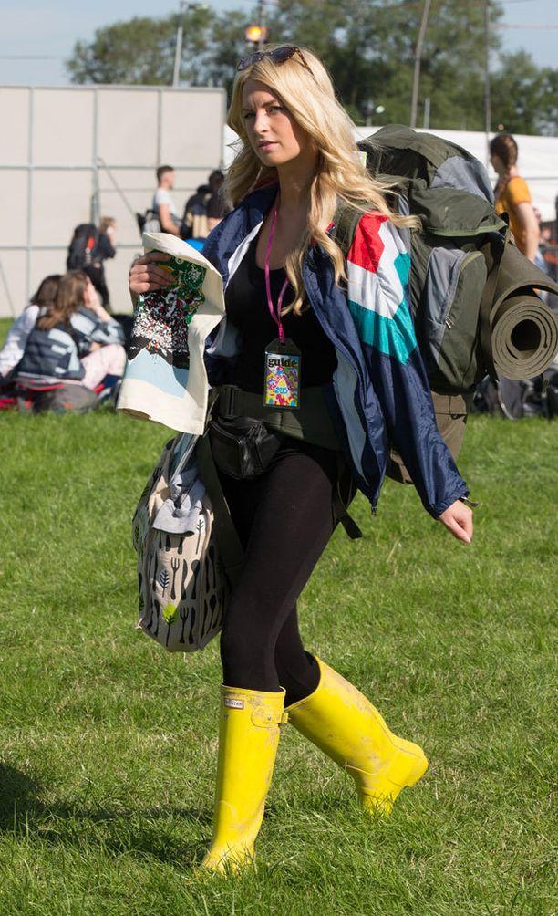Saappaat toimivat mainiosti myös pitkien housujen kanssa.