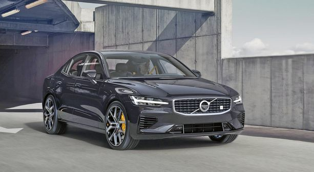 Uusi Volvo S60 saa huippumallikseen T8 Polestar Engineered -version.