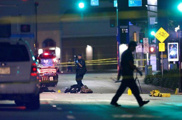Kuva on otettu Dallasin keskustassa poliisisurmien jälkeen.