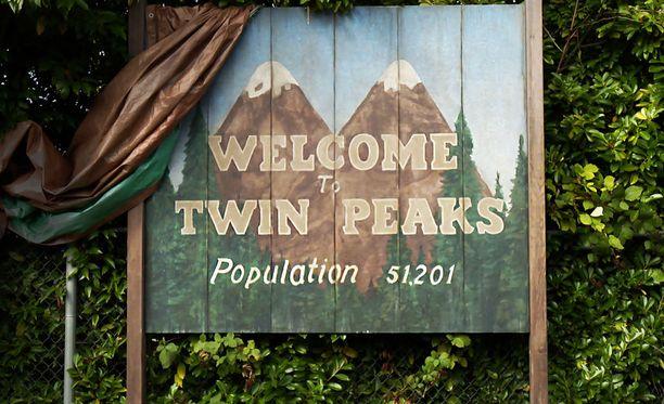 Twin Peaksista julkaistaan tänään neljä jaksoa.