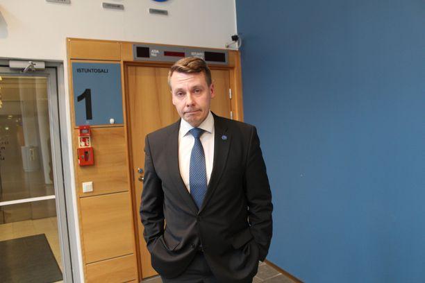 Lapsiasiavaltuutettu Tuomas Kurttila on ahkera taksinkäyttäjä.