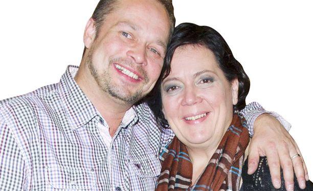 Päivikki Palosaari ja Mika Latva halusivat erityisen hääpäivämäärän.