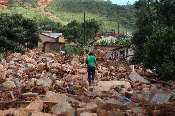 Hirmumyrky on vaatinut jo 700 kuolonuhria Mosambikissa, Zimbabwessa (kuvassa) ja Malawissa.