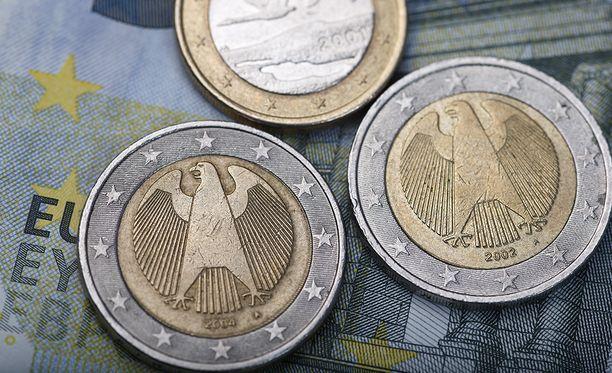 Euroalueen huolena on se, että finanssi- ja velkakriisistä periytyneitä ongelmia ei ole ratkaistu.