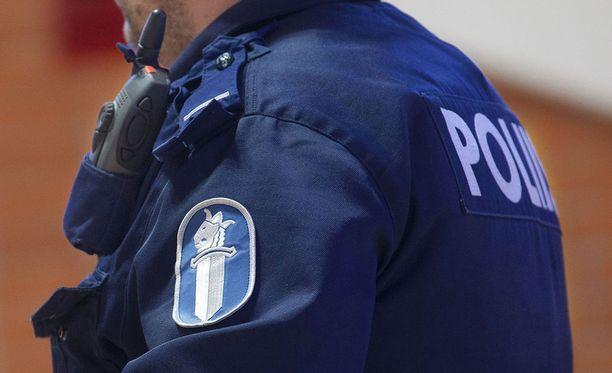 Poliisi pääsi epäillyn jäljille silminnäkijähavaintojen avulla. Kuvituskuva.