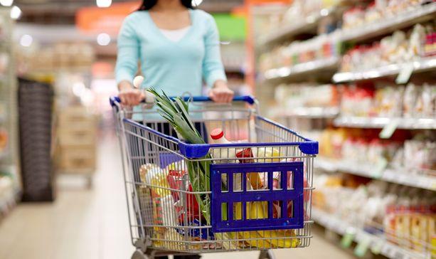 Aikaisen aamun ja myöhäisillan shoppailu hypermarketeissa ovat kasvattaneet suosiotaan koronaepidemian aikana.