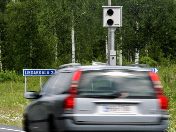 Sakko räpsyi Leolle Via Balticalla. Arkistokuva Suomesta.