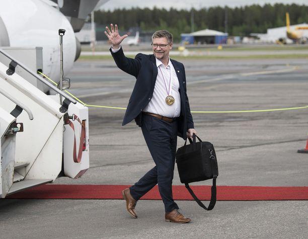 Jukka Jalonen palasi toukokuussa koti-Suomeen kultamitali kaulassa.