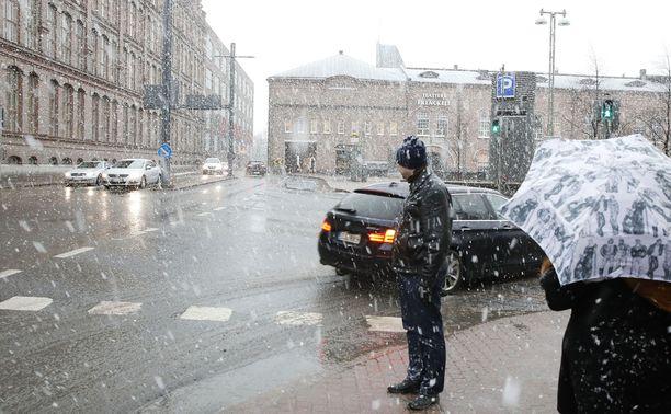 Sankkaa räntäsadetta on tällä viikolla saatu esimerkiksi Tampereella.